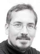 Dr. Michael Petery, Männer in Frauenkleidern